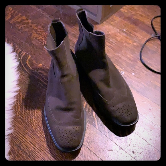 Tod's Shoes   Tods Suede Chelsea Boots
